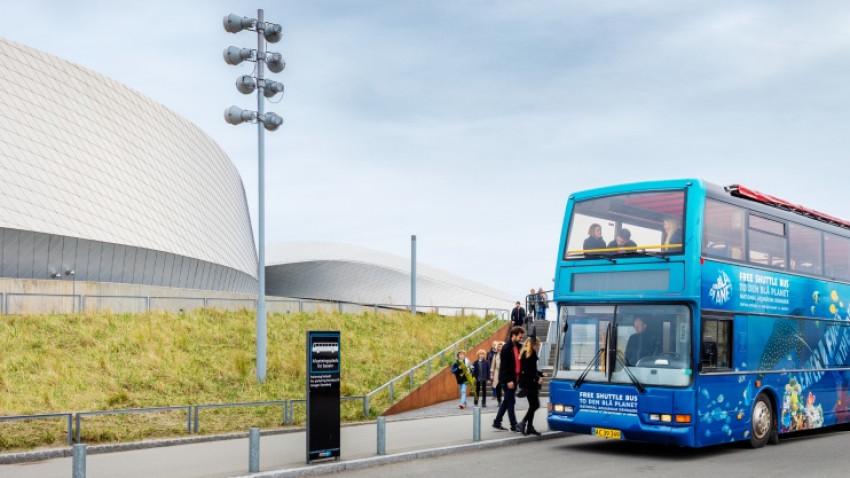Tag bussen gratis til Den Blå Planet