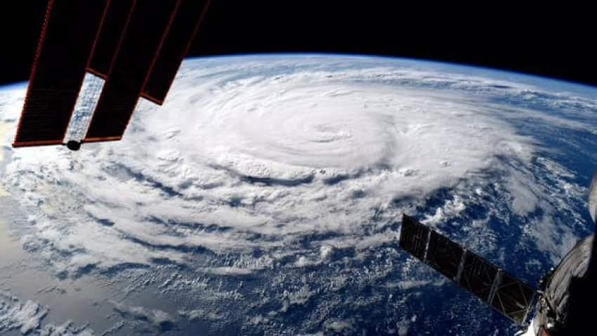 Tre kategori 4 orkaner på én gang er ny rekord